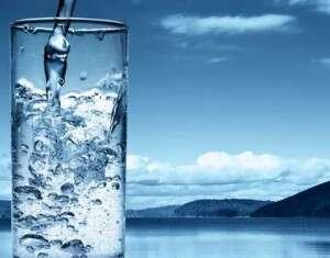 Saiba como preparar água alcalina: ela desintoxica e protege contra doenças, inclusive contra o câncer