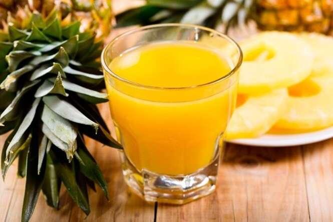 Aprenda a fazer um suco de abacaxi que vai desintoxicar seu fígado