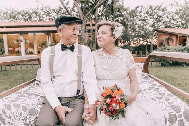 Casal que não tinha fotos do dia do casamento faz ensaio fotográfico seis décadas depois