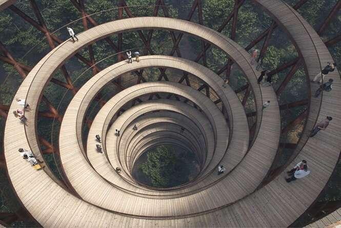 Esta passarela em espiral na Dinamarca proporciona uma vista deslumbrante