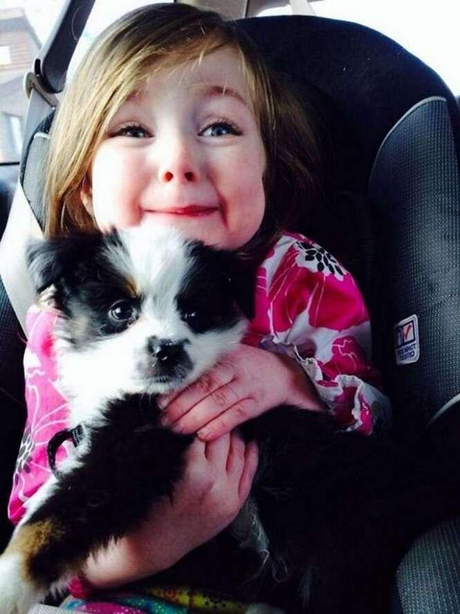 As reações emocionantes de 10 pessoas ao conhecerem seus cães