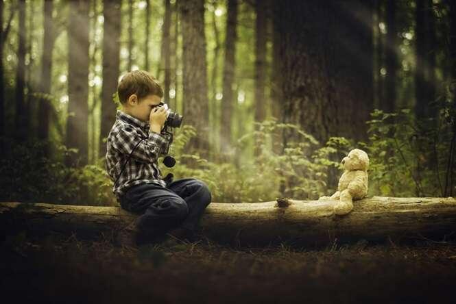 Fotógrafo cansa de sua câmera receber os créditos de seu trabalho e resolve fotografar com o produto mais barato que encontrou