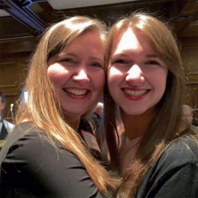 Fotos de mães e filhas que mais parecem ser irmãs