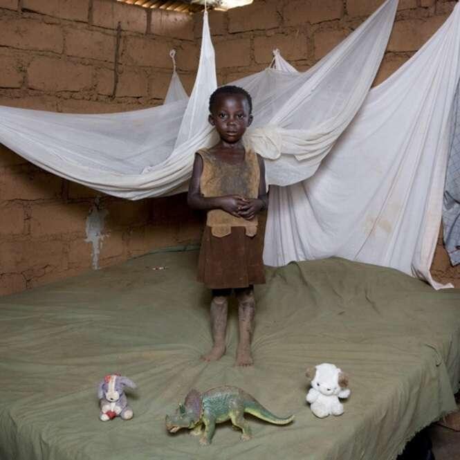 Crianças e seus brinquedos: um projeto fotográfico fascinante