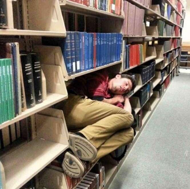 Pessoas que foram vencidas pelo sono