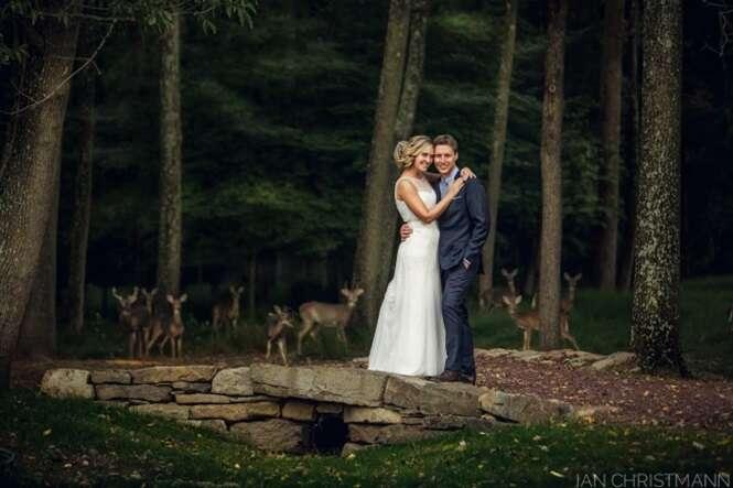 Momentos inesperados que tornaram fotos de casamento muito melhores do que ficariam