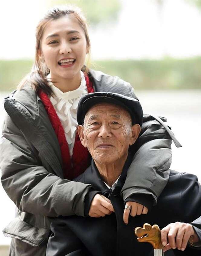 Neta cumpriu o desejo do avô antes que fosse tarde demais, e as fotos vão te emocionar